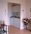 Les habitations sont équipées d'un coin cuisine et d'une salle de bains avec toilettes. source : www.marpa.fr